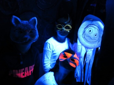 UV Kids Halloween Art Workshop