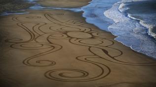 Sand Art Sean Corcoran The Copper Coast Waterord Beach Ireland 16