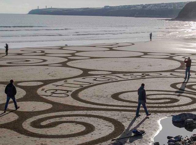 Sean Corcoran Beach Artist